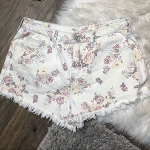 Mossimo high rise floral raw hem shorts size 10